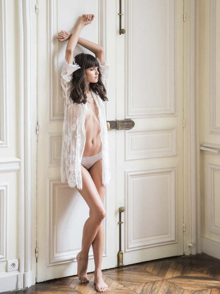 paris boudoir photographer fine art photography by rebecca borg photography based in chicago illinois